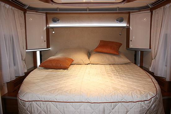 dethleffs_caraliner_dormitor