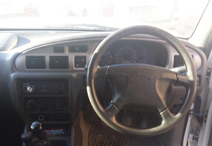 ford_ranger-interior